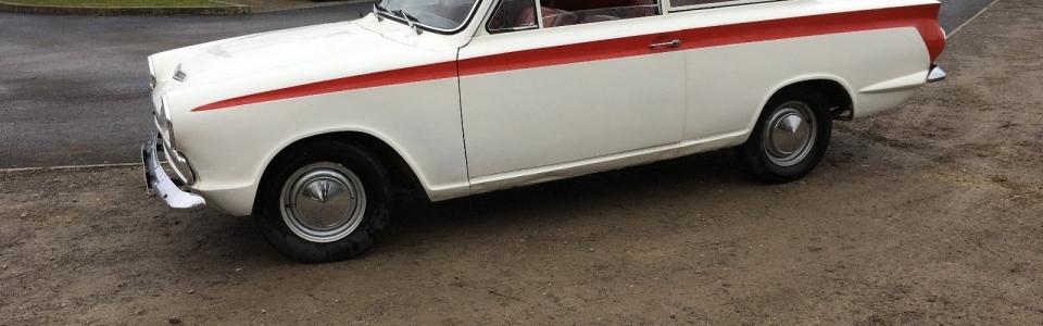 Escort-MK1-Cortina Red Stripe 1